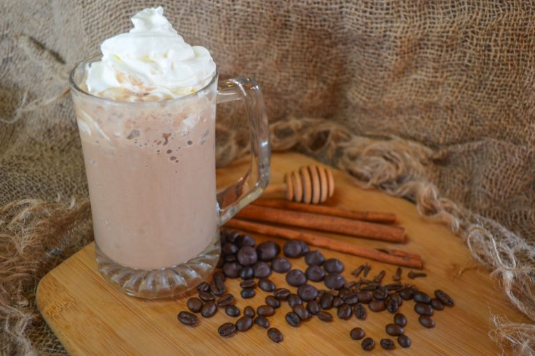iced coffee latte drink