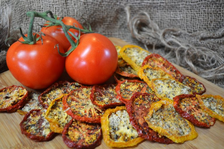 dehydrated tomato pizza chips